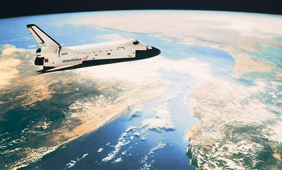 shuttle in orbit mural wall murals space shuttle pixersize com